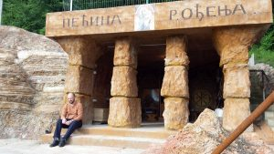 pecine i biblijski park manastir stubal